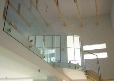 Balustrady szklane mocowane punktowo Poznań