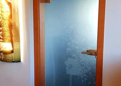 Drzwi szklane ościeżnicowe - Drzwi szklane z grafiką na szkle